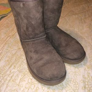 Women's Classic Short Ugg Boots - Gray size 8